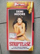 VIDEO STRIPTEASE  DEMI MOORE - Cassettes Vidéo VHS