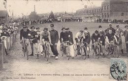 LISIEUX Le Vélodrome D'ORIVAL Entrée Rue Jeanne DESLANDES (coureurs Cyclistes ) Circulée Timbrée 1907 - Lisieux