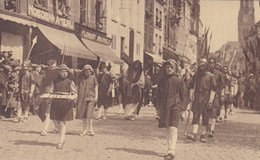 Brugge; Processie Van Het Heilig Bloed, Hoedenmakerij Florent Machiels,  De Kruisdraging (pk37833) - Brugge