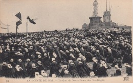 La Pointe Du Raz Bretagne France, Nuns Forgiveness Of Our Lady Of Shipwrecks, Catholic Ceremony, C1910s Vintage Postcard - Bretagne