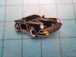 Pin2117 Pin´s Pins / Beau Et Rare : AUTOMOBILE / CABRIOLET PORSCHE NOIRE - Porsche