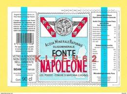 NAPOLEON 1er. 1 étiquette Eau Minérale Naturelle De La Source Napoléon, Île D´Elbe, Abeilles , Aigle Impérial - Etiketten
