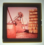 Diapositive En Couleurs Des Années 1960 - Manutention Portuaire - Diapositives