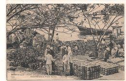 Martinique -  Fort De France  - Encombrant , Place Bertin   CPA° - Cartes Postales