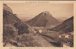 04----DIGNE LES BAINS--quartier De Barbéjas--rocher De Saint-pancrace Et Barre Des Dourbes---voir 2 Scans - Digne