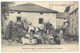 Cpa Environs Du Puy - Un Groupe De Dentellières à Laussonne    (S.2011) - France