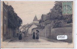 CHATEAUROUX- LA RUE DE LA FONTAINE - Chateauroux