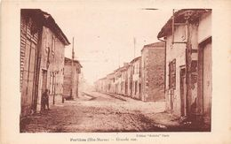 PERTHES - Grande Rue - Francia