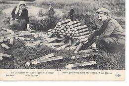 """MILITARIA (14-18) BELLE CPA 1914 """"CUEILLETTE DES OBUS APRES LA BATAILLE DE LA MARNE"""" - Guerra 1914-18"""
