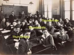 GRAND PHOTO DE CLASSE ATHENEE ROYAL D'ANVERS ANTWERPEN GROUPE DE GARCONS JEUNE HOMMES GARCON ELEVES - Personnes Anonymes