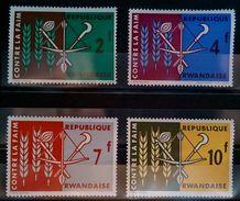 "RWANDA SET 4PCS ""FREEDOM FROM HUNGER"" 1963 NEW - Rwanda"