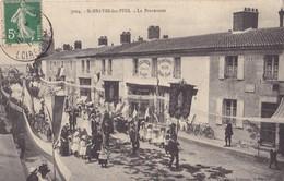 SAINT-BREVIN -les-PINS. - La Procession Devant Les Commerces. Beau Cliché RARE - Saint-Brevin-les-Pins