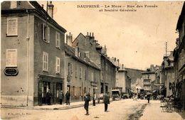 Cpa 38_Le Dauphiné - LA MURE, Rue Des Fossés Et Société Générale, Belle Animation Devant La Banque - La Mure