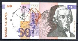 460-Slovénie Billets De 10 Et 50 Tolarjev 1992 - Slovénie