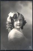 A5754 - Alte Foto Ansichtskarte - Hübsches Kleines Mädchen Mit Locken - Pretty Young Girl - Gel 1912 Siegmar Chemnitz - Abbildungen