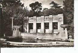 ALES   Monument Aux Morts - Alès