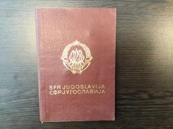 PASSPORT   REISEPASS  PASSAPORTO  YUGOSLAVIA  1986. : HUNGARY , SLOVENIA - Historische Dokumente