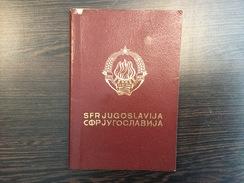 PASSPORT   REISEPASS  PASSAPORTO  YUGOSLAVIA  1975. - Historische Dokumente
