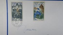 Autographe  Decaris 1968  Apposé Aux Timbres  N° 1578 Et 1579    A Voir - Autographes