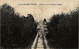 CPA   La Grande Trappe - Vue De La Vole Conduisant A Soligny   (356179) - France