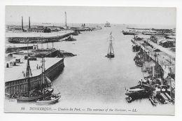 DC 853 - DUNKERQUE - L'entree Du Port. -  LL 16 - Dunkerque