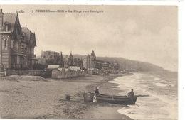 17. VILLERS-sur-MER . LA PLAGE VERS HOULGATE + BARQUE ET PERS AU 1er PLAN . NON ECRITE - Villers Sur Mer