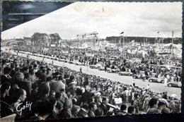 SPORT AUTOMOBILE CIRCUIT DES 24 H DU MANS LE DEPART JUIN  1955 - Postales