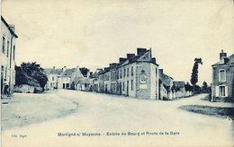 CPA Martigne S/ Mayenne - Entree Du Bourg Et Route De La Gare  (123516) - Non Classés