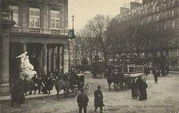 CPA Paris 6e (Dep. 75) Place Du Théátre-Francais (83333) - France