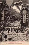 14 CAEN 37e Fête Fédérale De Gymnastique Journée Du 15 Juillet 1911 N°39 Les Sociétés Défilant Sous L'Arc De Triomphe - Caen
