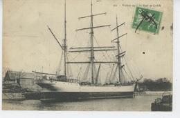 BATEAUX - CAEN - Voilier Dans Le Port De CAEN - Caen