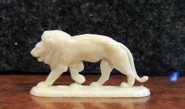 Chicorée WILLIOT - Série Des Animaux Du Monde - Le LION D' AFRIQUE - Intact & Complet - - Figurines