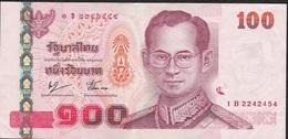 THAILAND P114b 100 BAHT 2005  #1B Signature 76 VF Few  Folds - Tailandia