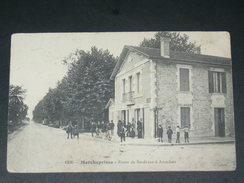 MARCHEPRIME / ARDT  ARCACHON  1910  /  LA ROUTE DE BORDEAUX A ARCACHON  AVEC DEVANTURE COMMERCE BOULANGE/ CIRC OUI - France