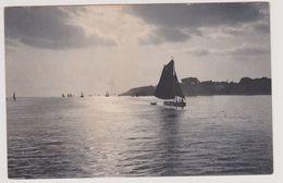 Gezicht Op Een Meer Met Boten - Zeer Oud - Postkaarten