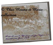 WWI 1918 - REGIMENT ALLEMAND AU REPOS - PHOTO MILITAIRE - Guerre, Militaire