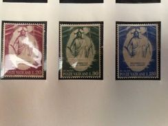 Vatican City Easter Mnh 1968 - Unused Stamps