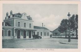 18 - CHER - SAINT AMAND MONTROND  - LA GARE VIEILLE AUTOMOBILE - Saint-Amand-Montrond