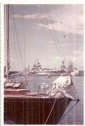 BATEAU DE GUERRE  AU PORT DE TOULON VAR  12X8CM - Barche