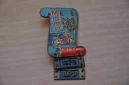 REF M1  : Médaille Souvenir  Moto Rassemblement Moto Club St Saint Jean D'Angely 1978 1979 - Motos