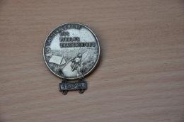REF M1  : Médaille Souvenir  Moto Rassemblement Moto Club Des Pibales Charentaises 1979 ( Drago Insigne) - Motos
