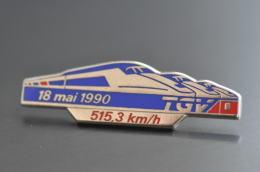 REF M1  : Pin's Pin  : Theme Train Chemin De Fer  : TGV 18 Mai 1990 515.3 Km Record Du Monde - TGV