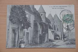 REF 300  : CPA 11 CARCASSONNE Rue Des Lices Hautes - Carcassonne