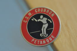 REF M4  : Pin's Pin  : Theme Sport Pétanque COUBRON - Pétanque