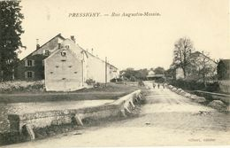 PRESSIGNY -- RUE  AUGUSTIN-MASSIN - Frankreich