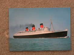 CUNARD LINE QUEEN MARY AT SEA - Dampfer