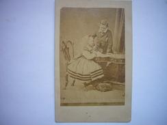 Photo CDV Prince Arthur Et Princesse Beatrice D´Angleterre, Enfants De La Reine Victoria - Photographs