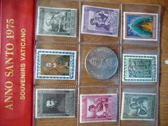 Vaticaan Anno Santo 1975 Souveniers Vaticano Stamp And Penning See Scan. - Vatikan