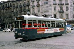 Reproduction D'une Photographie D'un Tramway  Avec Publicité Matutano Patatas Fritas à Barcelone En Espagne En 1969 - Riproduzioni