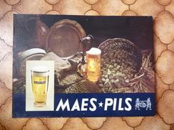 Brasserie - Carton 44 X 31 Cm - MAES PILS - Plaques En Carton